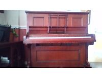 piano for free good working with wheel
