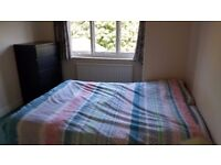Spacious Double bedroom in West Acton, for 600£