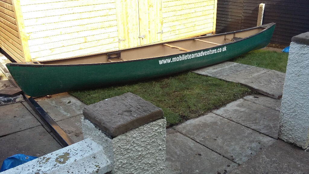 Canadian Canoe 17 foot with paddlesin Dunmurry, BelfastGumtree - Canadian canoe, 17 foot long. lightweight and sturdy, can be lifted by one person. Two paddles included. Can be paddled by one person