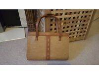 Lovely True Vintage Light Brown Leather Handbag - immaculate condition