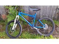 Turner 5 spot large xc/ all mountain full auspension bike.