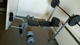 BENCH PRESS WITH DUMBELLS