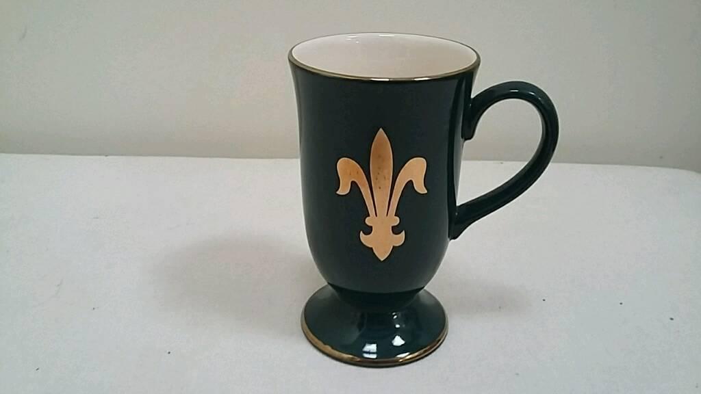 Hornea dark green mug