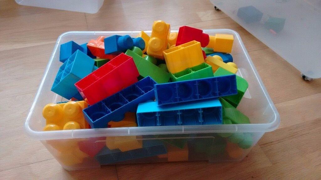 Lego-Mega Blok box