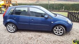 1.4 Ford Fiesta, clean, LOW miles.