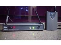 US-8001D JTS WIRELESS KIT (MICROPHONE NOT INCLUDED)