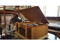 Thomas Pacconi Phonograph With AM/FM Radio & CD Player