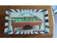 Mini pool table stocking filler