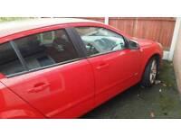 Vauxhall astra 1.9 Sri Rare red
