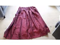 Red pencil pleat curtains 166 x 130