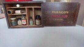 VINTAGE 1960S SLIDE OPENING PARAGON FIRST AID DISPLAY CASE BOX SMALL COLLECTABLE STORAGE DESK MOUNT