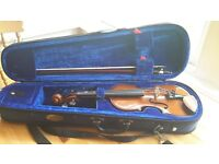 1/4 sized Stentor Student 1 violin, excellent condition