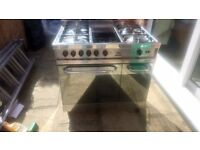 900mm wide double oven Gas and Halogen Hob in good working order complete with oven trays