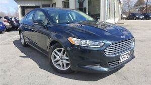 2014 Ford Fusion SE - BLUETOOTH! BACK-UP CAM!