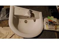 White family size sink