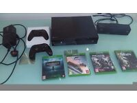 Xbox One day one 500GB Kinect Bundle with 4 games and extra wireless controller play & charge kit