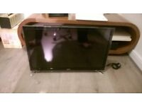 """SAMSUNG 32"""" SMART TV WITH STAND"""
