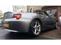 BMW Z4 2.5i ROADSTER CONVERTIBLE PETROL 2dr 200 BHP RED LEATHERS FULL BMW HISTORY LOW MILEAGE £3950
