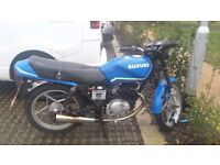 Suzuki GS 125 spares or repairs delivery available up to 100 miles