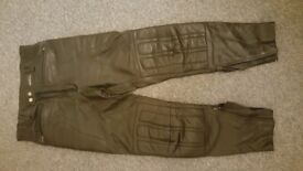 Motorbike Leather trousers Size 34 Ashman / Cow hide Very good condition Hardly used