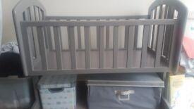 Grey Obaby Sophie Swinging Crib