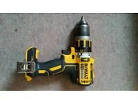 Dewalt DCD795 18v Brushless Drill / Driver