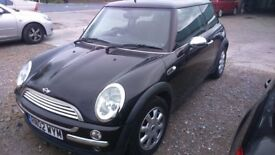 BMW MINI ONE 1.6 VERY GOOD CONDITION SELLING AS SPARES OR REPAIRS MOT JUNE 18