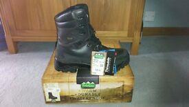 Ridgeline Warrior Boots UK 13/EU 48 - Brand New