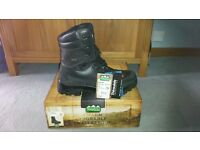 Ridgeline Warrior Boots UK 13/EU 48 - Brand New