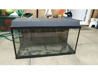 Jewel Aquarium 105 litre fish or mouse tank has a leak