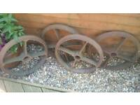 Shepards hut cast iron wheels garden hen house ornamental
