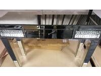 Mirror console table diamond design