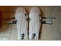 G&M Youths cricket pads