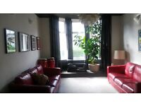 Available now Stylish spacious 1 bedroom ground floor flat, decor to very high standard. G511QH