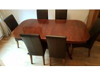 Willis & Gambier Extending Dining Table with 8 chairs (Fantastic Offer)