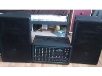 PEAVEY XR600E PA AMP AND TWO UNBADGED SPEAKERS FOR SALE