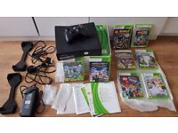 Xbox 360 - 1 controller 8 games - Minecraft Lego Batman Sega