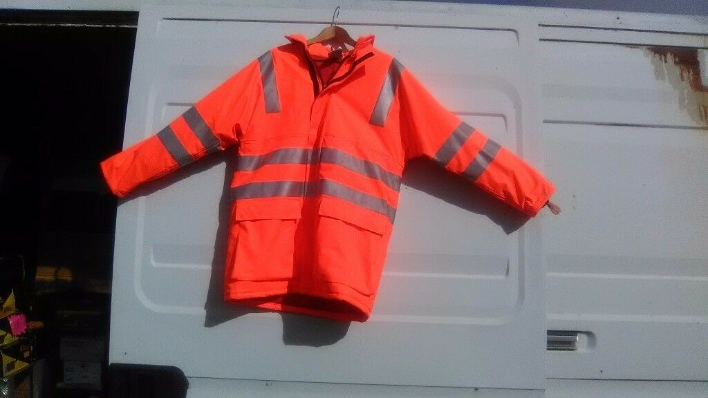 HI-VIZ orange jacket size M waterproof new and unworn £15 collect only
