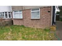 2 bed GFF with OWN garden in Whitton. For your 3 bed house, maisonette, town house etc