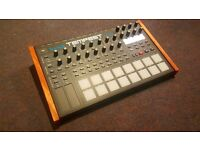 Dave Smith / Roger Linn - Tempest analogue / Digital hybrid Drum Machine