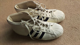 MENS adidas trainers uk9