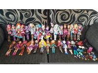 29 Ever After High Doll Bundle inc Rare O'Hare Sisters plus Stands, Brushes & More *In VGC*