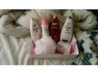Dove bath gift set