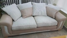 2 x 3 seater settee's as new from dfs £350 for both