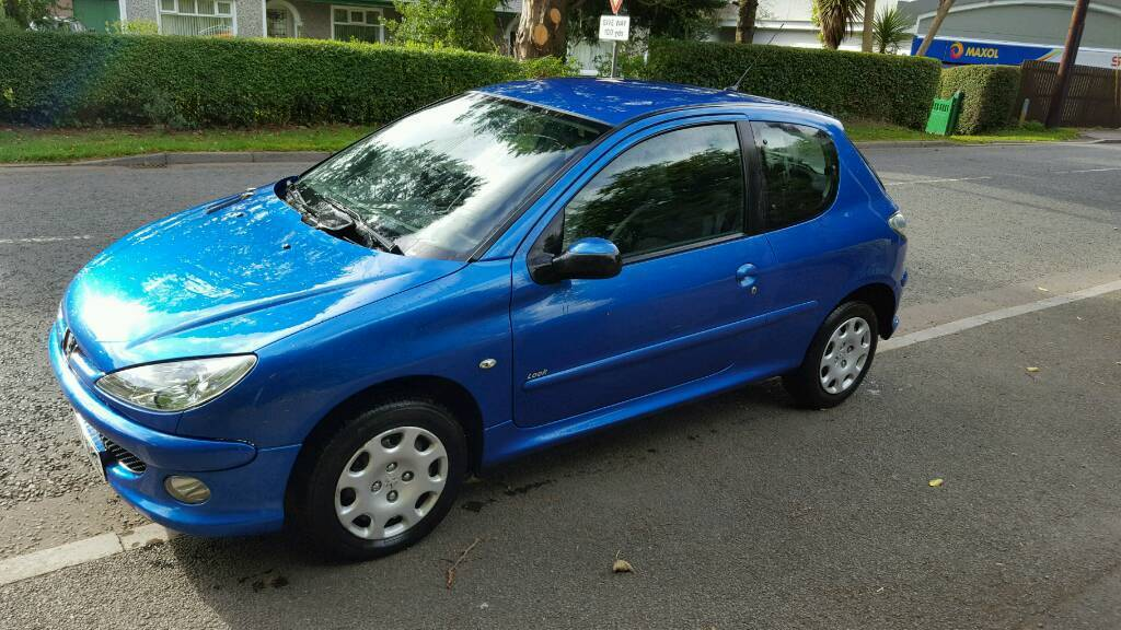 Late 2007 Peugeot 206 look....FULL YEARS MOT.....2 Owners from new