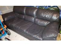 DFS New Force Settee Leather