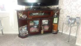 Mahogany corner tele stand