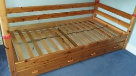 Flexa Classic clear lacquer single bed