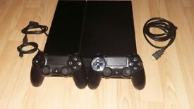 PS4 Console - Top Condition - With 2 Controllers - Arkham Knight Game