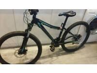 Specialized Myka Sport ladies mountain bike 24 speed disc brakes